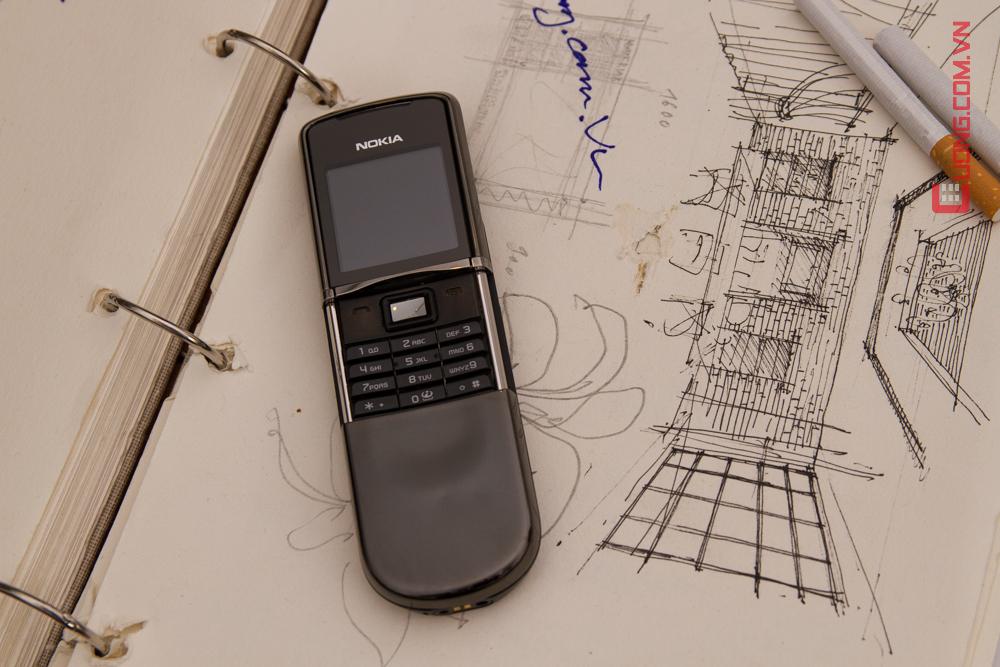 Nokia 8800 Sirocco với thiết kế kiểu trượt đầy sang trọng