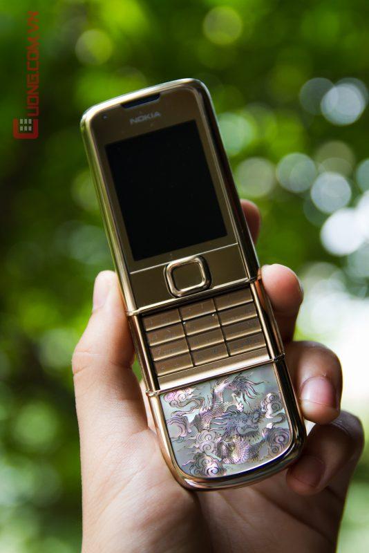 Vẻ đẹp quyền lực của Nokia 8800 Long Phụng
