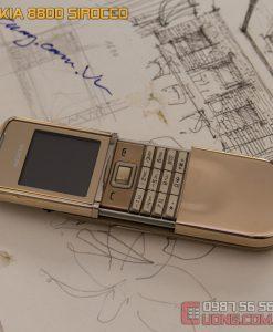 Vẻ đẹp lộng lẫy của Nokia 8800 Sirocco Gold với chiếc vỏ mạ vàng 18cara