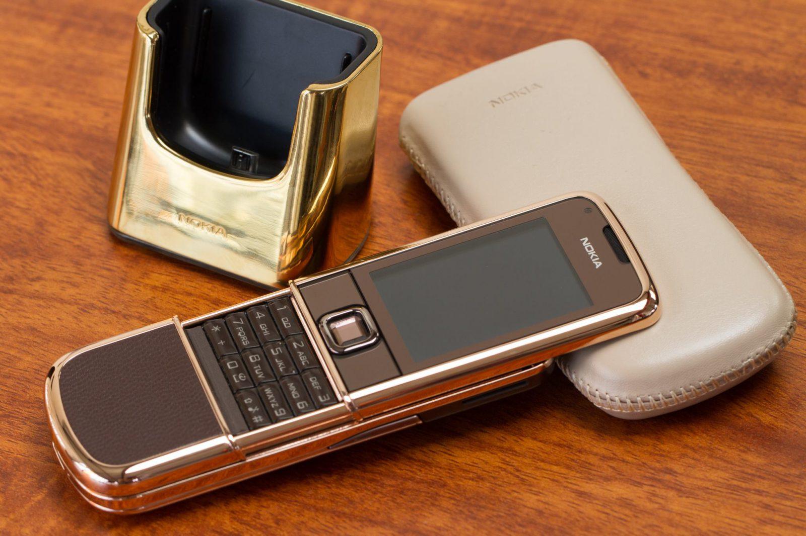 Nokia 8800 Rose Gold Arte sang trọng quý phái đầy tinh tế